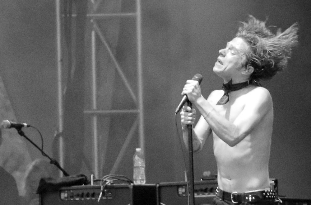 Matt Shultz of Cage the Elephant performs at the Forecastle Festival in Louisville, Ky., on Friday, July 17, 2015. (MTSU Sidelines / John Connor Coulston)