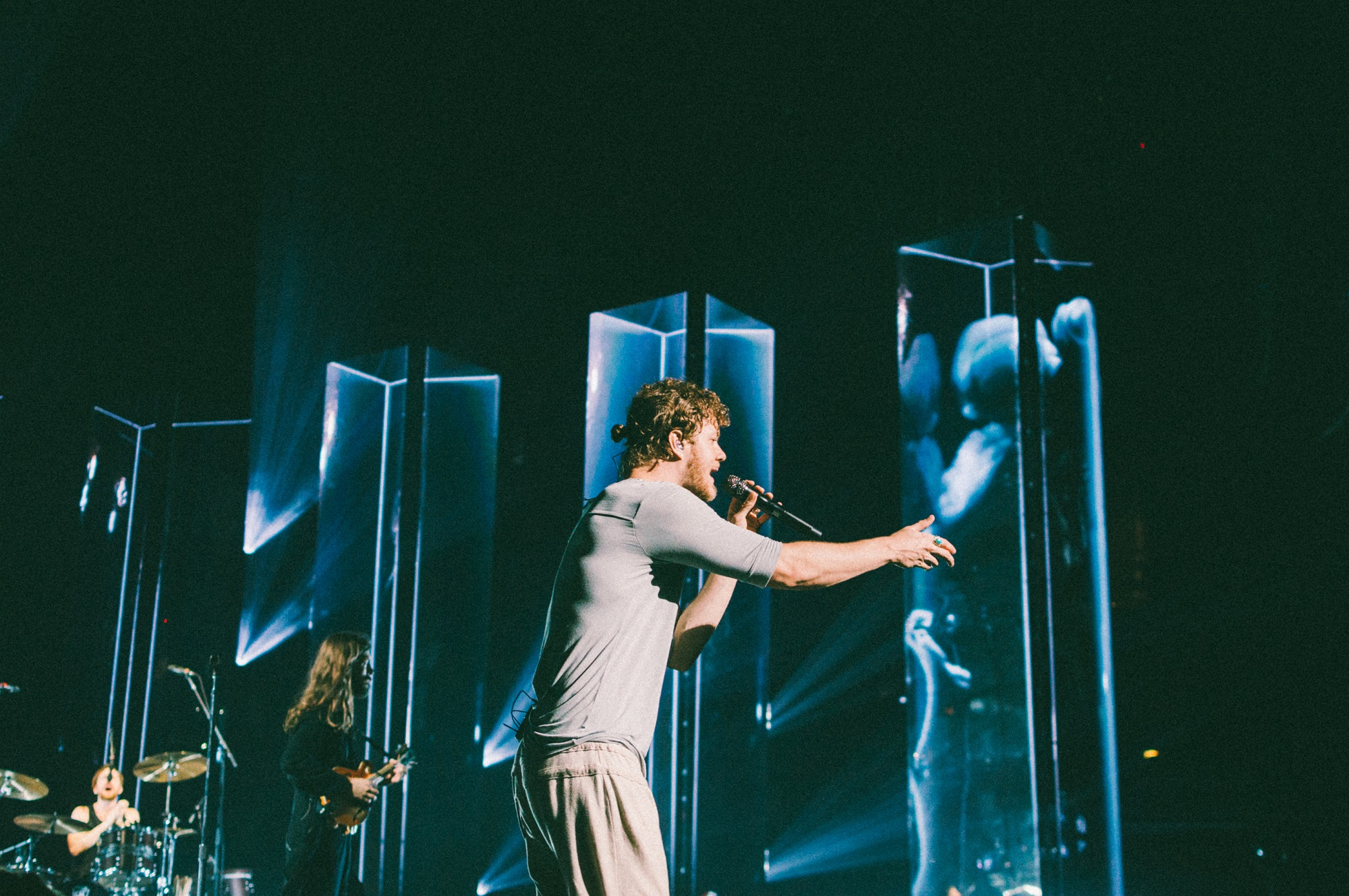 """Dan Reynolds of Imagine Dragons performs at Bridgestone Arena in Nashville, Tenn. on Wednesday, June 8, 2015, The performance was part of the band's """"Smoke + Mirrors"""" tour. (MTSU Sidelines / Andre Rowlett)"""