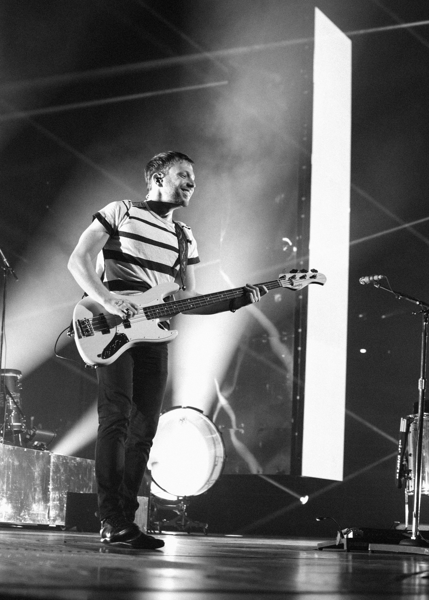 """Ben McKee of Imagine Dragons performs at Bridgestone Arena in Nashville, Tenn. on Wednesday, June 8, 2015, The performance was part of the band's """"Smoke + Mirrors"""" tour. (MTSU Sidelines / Andre Rowlett)"""