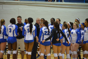 The Blue Raider volleyball team huddled Tuesday night in their season home opener at Alumni Memorial Gym. The team lost 3-1 against Southern Illinois.  Photo by Kyle Bates MTSU Sidelines Staff Photographer