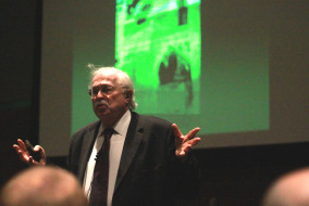 Forensic Pathologist Dr. Michael Baden speaks to MTSU students on October 21  Photo by Samantha Hearn  Photo Editor MTSU Sidelines