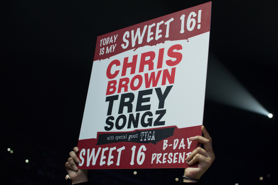 """A fan holds up a sign at Bridgestone Arena in Nashville, Tenn. on Sunday, March 1, 2015. The concert was a part of Chris Brown's and Trey Songz's """"Between the Sheets"""" tour. (Andre Rowlett / MTSU Sidelines)"""
