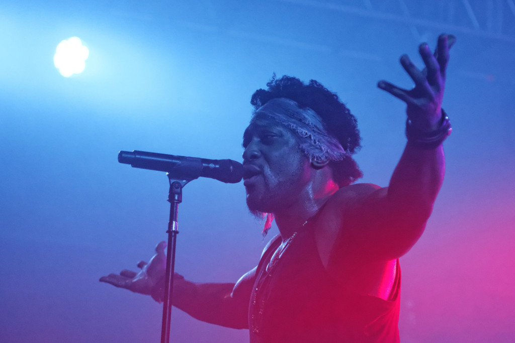 D'Angelo performs with the Vanguard at the Bonnaroo Music and Arts Festival in Manchester, Tenn. on Saturday, June 13, 2015. (MTSU Seigenthaler News Service / Gregory French)