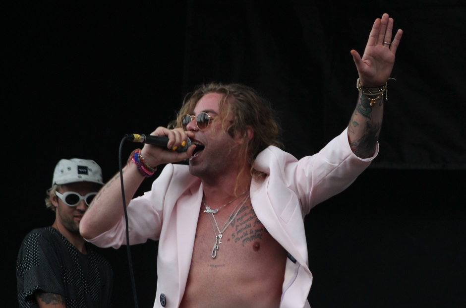 Mod Sun performs during the Nashville, Tennessee stop of the Vans Warped Tour on July, 1, 2015. (MTSU Sidelines / Savanna Hazlewood)