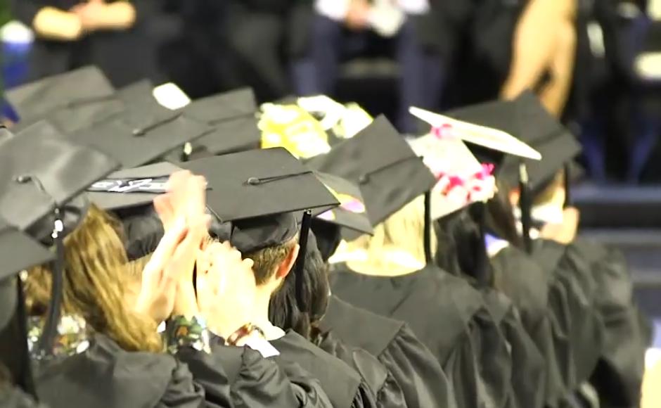 Mtsu Graduation 2020.Weekend Round Up Inspiring Mtsu Students Graduate Despite